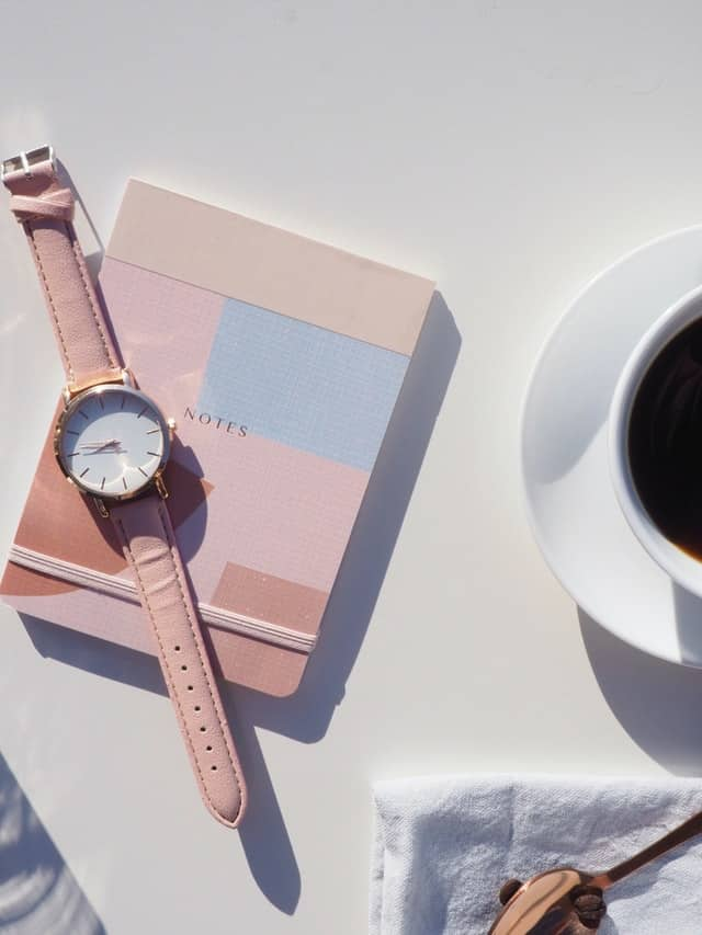 How To Manage Time – 10 Powerful Time Management Skills