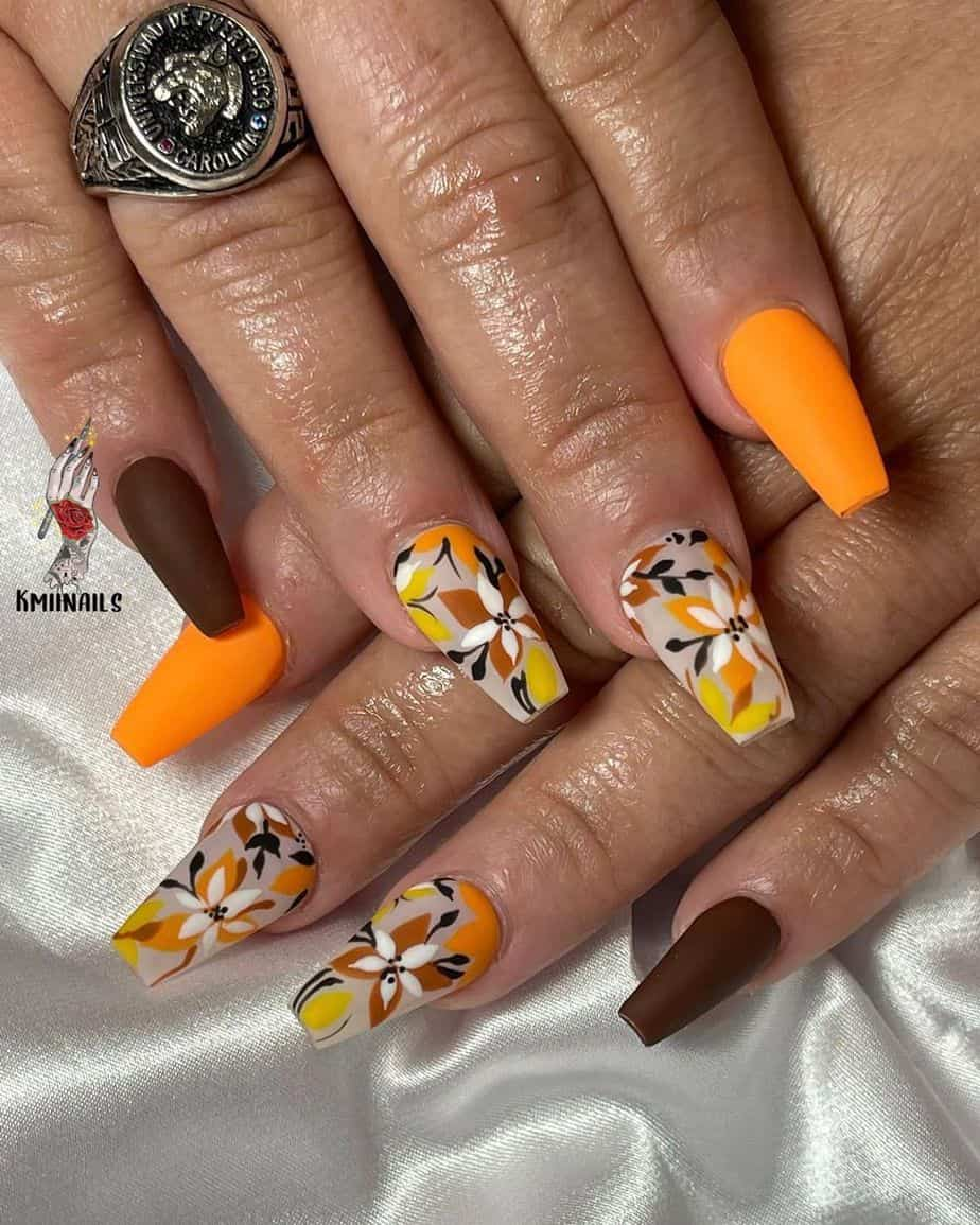 30 Best Thanksgiving Nails Art Design To Copy From